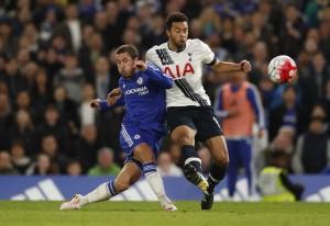 Eden Hazard marcó en Stamford Bridge 363 después, un gol decisivo para el título del Leicester City.