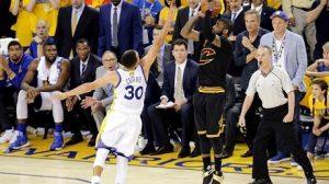 Este triple de Kyrie Irving fue decisivo para la victoria de los Cavaliers en el 7º y definitivo partido de la final.