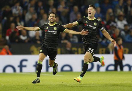 Dos goles de Cesc Fábregas dieron la clasificación al Chelsea en su partido ante el Leicester (2-4).