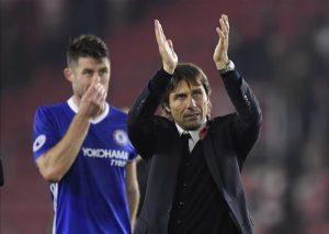 Antonio Conte y su Chelsea defiende título sin la certeza de saber si se han reforzado lo suficiente para una temporada tan exigente.