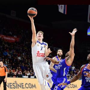 Luka Doncic fue el MVP del partido con 17 puntos, 9 asistencias y un total de 31 de valoración.