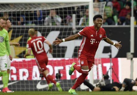 Un gol del austríaco David Alaba abrió la goleada del Bayern Munich en Wolfsburgo, una victoria que le dió el 26º título de la Bundesliga al conjunto bávaro.