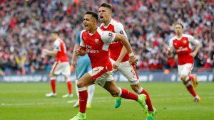 Alexis Sánchez ha tirado de los Gunners en un gran final de temporada de los de Arsene Wenger.