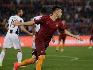 Con la ausencia de Dzeko, Spalletti recuperó al tridente que tan buen resultado le dio el año pasado, formado por Perotti, Salah y El Shaarawy, autor del segundo gol del partido.