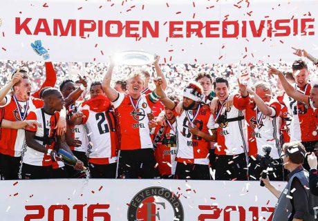 Por primera vez desde la temporada 1998-99, el Feyenoord se proclamó campeón de la Eredivisie holandesa.