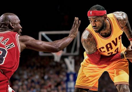 Michael Jordan y LeBron James jamás se enfrentaron sobre una pista de baloncesto, ya que el actual jugador de los Cavaliers entró en la NBA en 2003, cuando Jordan se retiraba de los Washington Wizards.