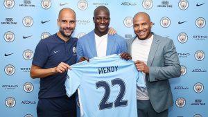 Tras romper el rçecord pagado por un defensa con Kyle Walker, el Manchester City rompe de nuevo el récord, pagando 60 millones de euros por Mendy.