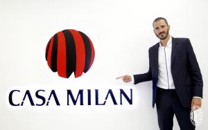 Leonardo Bonucci se ha convertido en el defensa más caro de Italia tras su traspaso al AC Milan a cambio de 40 millones de euros.