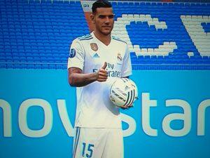 Theo Hernández firmó su contrato para las 6 próximas temporadas con el Real Madrid.