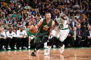 Gordon Hayward será jugador de los Boston Celtics, firmando un contrato de 127 millones de dólares para las próximas 4 temporadas.