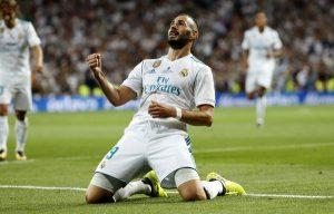 En ausencia de Cristiano Ronaldo (sancionado) y Gareth Bale (en el banquillo), Karim Benzema jugó un excelente partido, marcando el segundo gol ante el Barça.