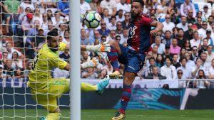 Ivi López marcó el tanto del Levante el Santiago Bernabéu en el empate a 1 de los levantinistas ante el campeón.