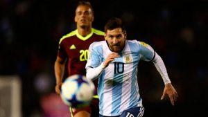 Lionel Messi estuvo demasiado sólo ante una Venezuela que sólo ha ganado uno de los 16 partidos jugados.