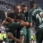19 años después, el Real Betis ganó en el Estadio Santiago Bernabéu con un gol en el tiempo de descuento de Antonio Sanabria.