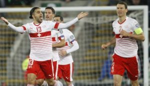Ricardo Rodríguez marcó el tanto de la victoria de Suiza en Belfast.