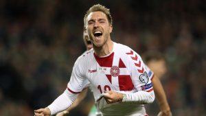 El mediapunta del Tottenham, Christian Eriksen decidió el pase de Dinamarca al Mundial 2018 marcando tres goles en la victoria de su selección en Dublín por 1-5.