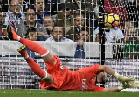 Kiko Casilla tuvo un partido lamentable ante el Málaga, encajando dos goles ante un equipo que aún no había marcado fuera de casa.