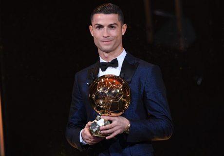 Cristiano Ronaldo ganó el Balón de Oro 2017, el quinto de su carrera, e iguala los 5 ganados por Lionel Messi.