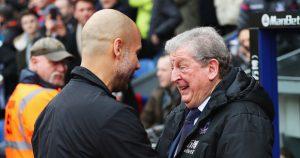 Roy Hodgson y Pep Guardiola se saludan en el principio del choque entre el líder y los Eagles, que acabó sin goles.