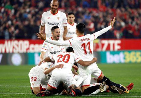 Sarabia, Banega y Escudero fueron los más destacados en la victoria del Sevilla ante el Atleti en Nervión.