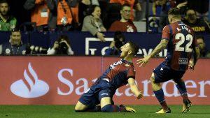 El macedonio Bardhi fue el autor de dos de los cinco goles del Levante ante el FC Barcelona.