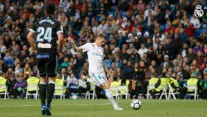 Toni Kroos cerró la goleada del Real Madrid aprovechando un gran pase de Borja Mayoral.