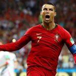 Cristiano Ronaldo marcó los tres goles de Portugal en el empate ante España en Sochi.