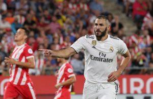 Karim Benzema marcó un doblete en la victoria blanca en Montilivi por 1-4.