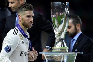Los errores de a defensa blanca, con unos Ramos, Carvajal y Marcelo lamentables, pusieron en bandeja el título de la Supercopa al Atlético de Madrid.