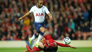 Lucas Moura fue el mejor jugador del Tottenham, marcando un doblete en la victoria Spur en Old Trafford.