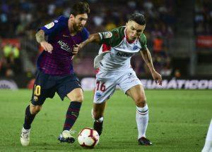 Después de una primera parte muy controlada por los vascos, Messi lideró al Barça a una primera victoria por 3-0.