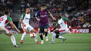 Durante fases del duelo ante el Deportivo Alavés, Messi se echó al Barça a la espalda, arrancando el campeonato con una gran actuación.