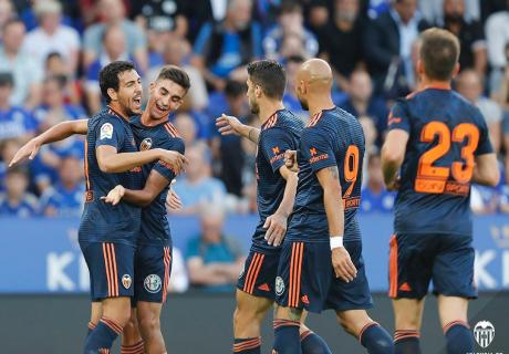 Dani Parejo marcó el gol del empate del Valencia en el King Power Stadium de Leicester, el estadio donde debutó como valencianista hace 7 años.