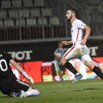 Pablo Sarabia marcó el único tanto del partido del Sevilla en la República Checa, que deja a los andaluces a un paso de la fase de grupos de la Europa League.