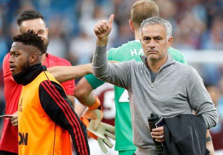 El Manchester United rompió su mala racha ganando al Burnley a domicilio.